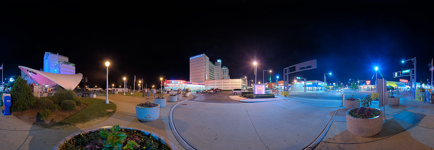 buddy's blog: Night-time Virginia Beach Hilton--rooftop ...  |Virginia Beach Night Life